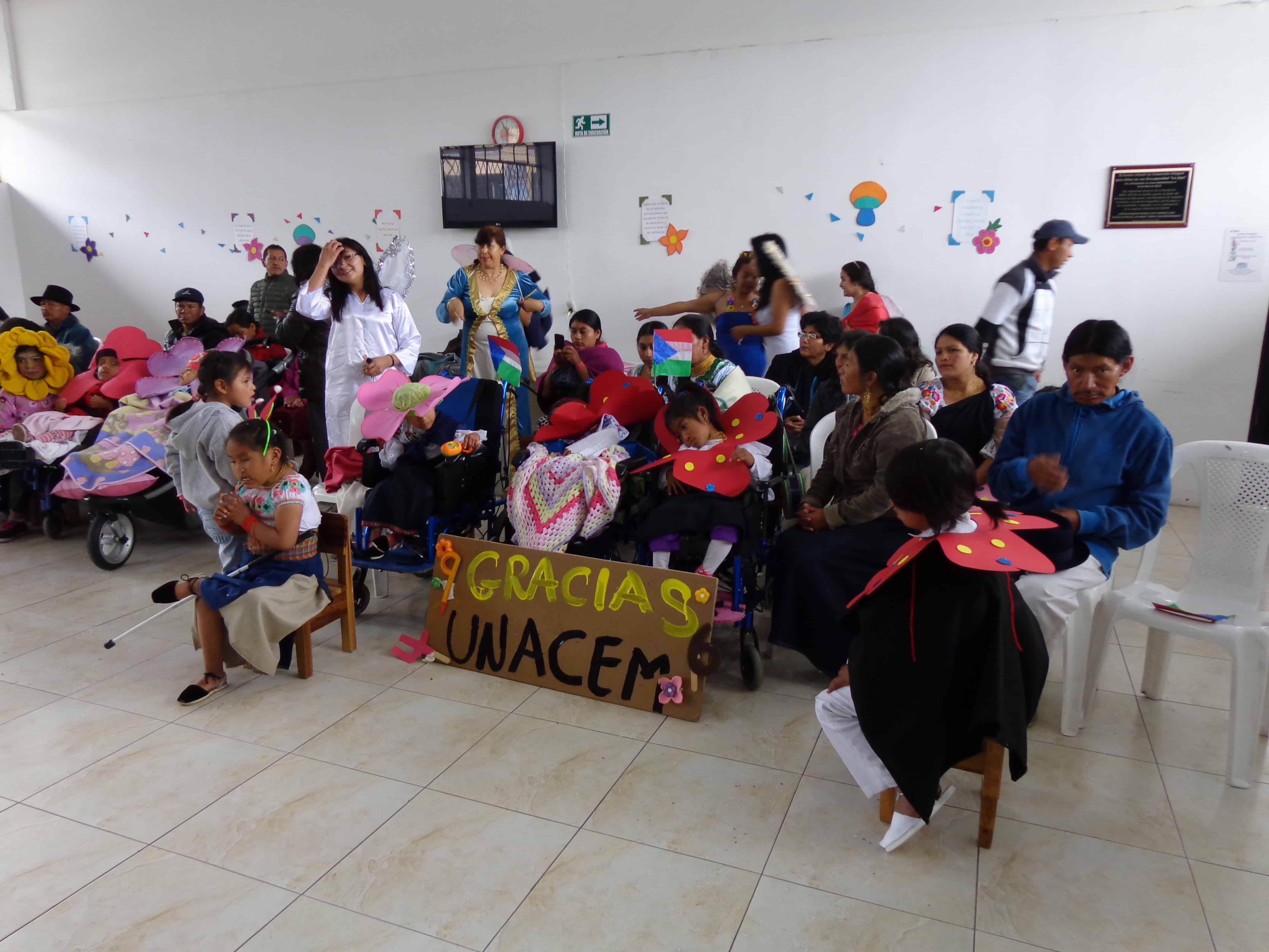 """UNACEM Ecuador apoya la readecuación del Centro Infantil """"La Joya"""""""